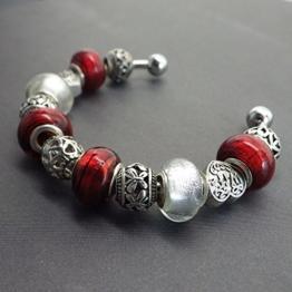 Armreif Thurcolas Style Charms Farbe rot und antikes Silber -