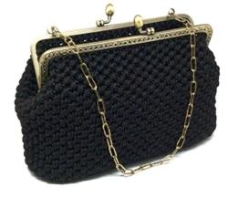 BRIGITTA - Handmade in Italy - Handtasche elegant. Schwarz. Evening black clutch purse with golden vintage kiss clasp. -