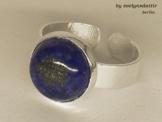 Edler silberner Ring mit echtem Lapislazuli -