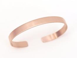 Ein Kupfer Armreif 6mm breit glänzend -
