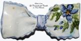 Fliege Keramik Blumen Linie Piece Unique Hergestellt und von Hand bemalt Le Ceramiche del Castello Made in Italy Maße: 11 x 5,5 cm -