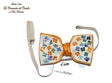 Fliege Keramik Blumen Linie Piece Unique Hergestellt und von Hand bemalt Le Ceramiche del Castello Made in Italy Maße: 10 x 5 cm. -