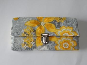 Geldbeutel Portemonnaie grau gelb Blumen -