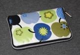 Geldbörse | Portemonnaie | Brieftasche | Geldbeutel | Clutch | umlaufender Reißverschluß | Handarbeit | Unikat | Äpfel blau grün retro -