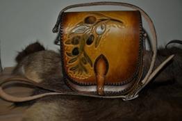 Handgefertigte Handtasche - Umhängetasche - Olivenzweig - Unikat - punziert -