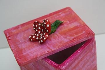 Kästchen aus Pappmache -