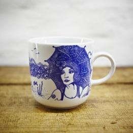 Kaffeebecher / Becher Lona im maritimen Design - Porzellan blau-weiss von Ahoi Marie -