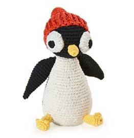 Penguin. Gehäkeltes Kinderspielzeug -