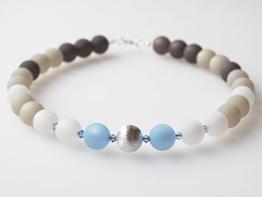 Polariskette grau weiß blau silber Kette Collier mit Swarovski® Kristallen -