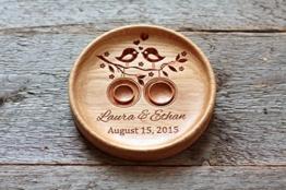 Ringkissen aus Eiche mit gravierten Namen und Datum, Ringschale ür die Hochzeit, Ringträger für die Hochzeit. -