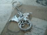 Schlüsselanhänger - Halskette - Drachen in Silbermetall -