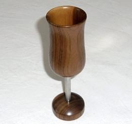 Sekt oder Wein Becher aus Nussbaumholz und Edelstahl -