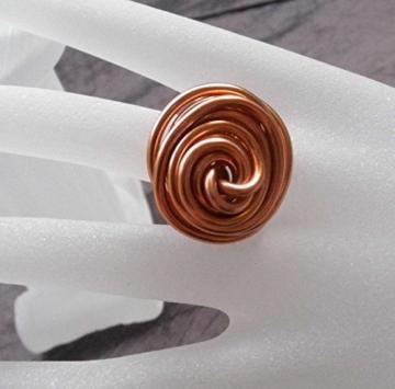 Stylischer Ring Drahtring Kupfer / Apricot -