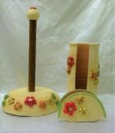Tris 3 Stück Keramik rote Linie geprägt Blumen. -