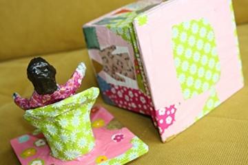Verspieltes Kästchen aus Pappmache -